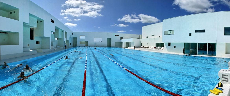piscine bains des docks une saison au havre. Black Bedroom Furniture Sets. Home Design Ideas